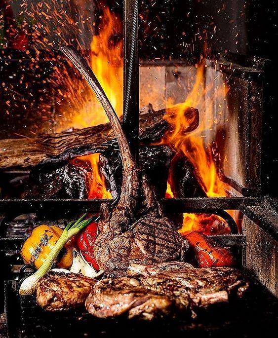 tomahawk steak on the fire