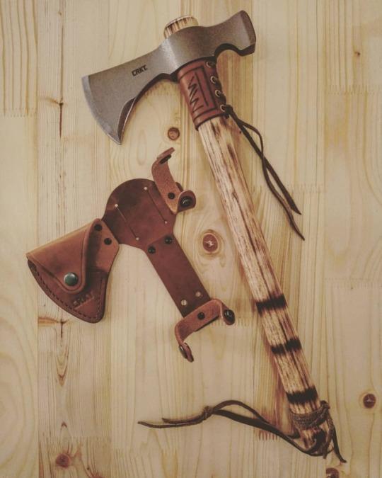 axe and sheeth