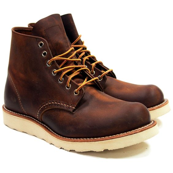 Red Wing Heritage Round Toe Boots 9111