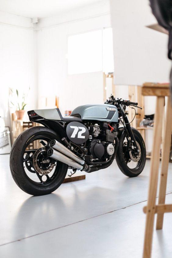 Yamaha XJ600 Café Racer