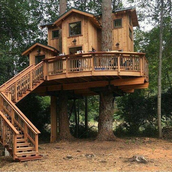 custom tree house