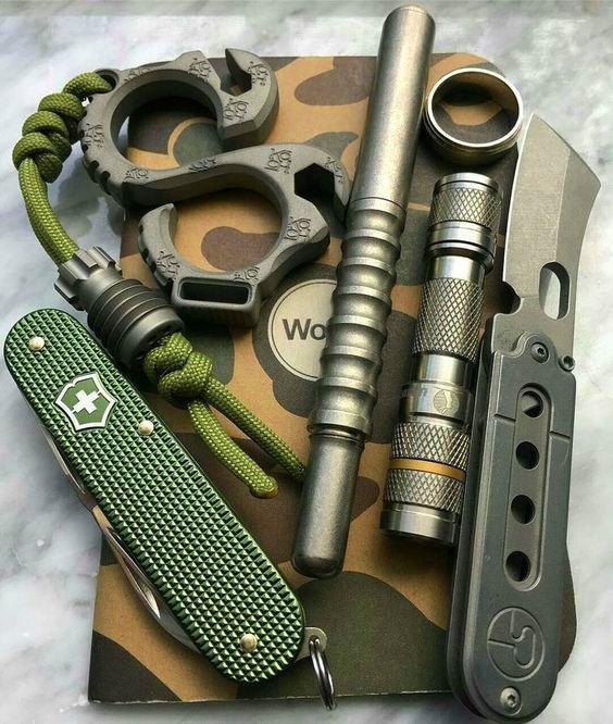 green and camo edc