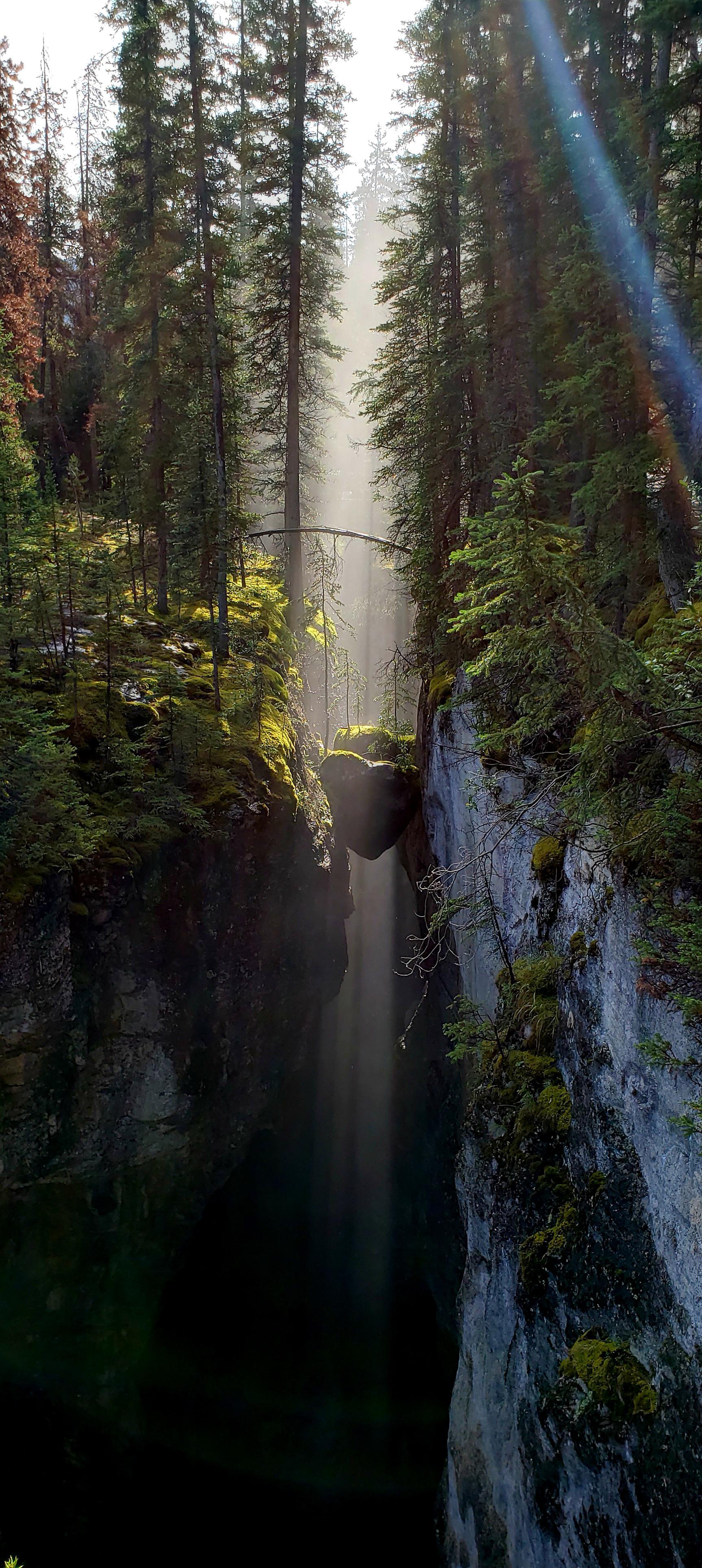 Maligne Canyon Jasper - Alberta Canada