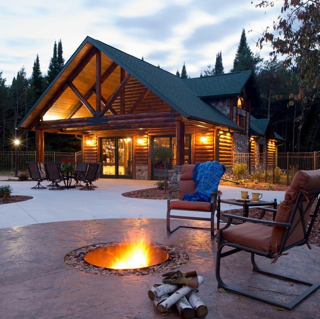 comfy log home