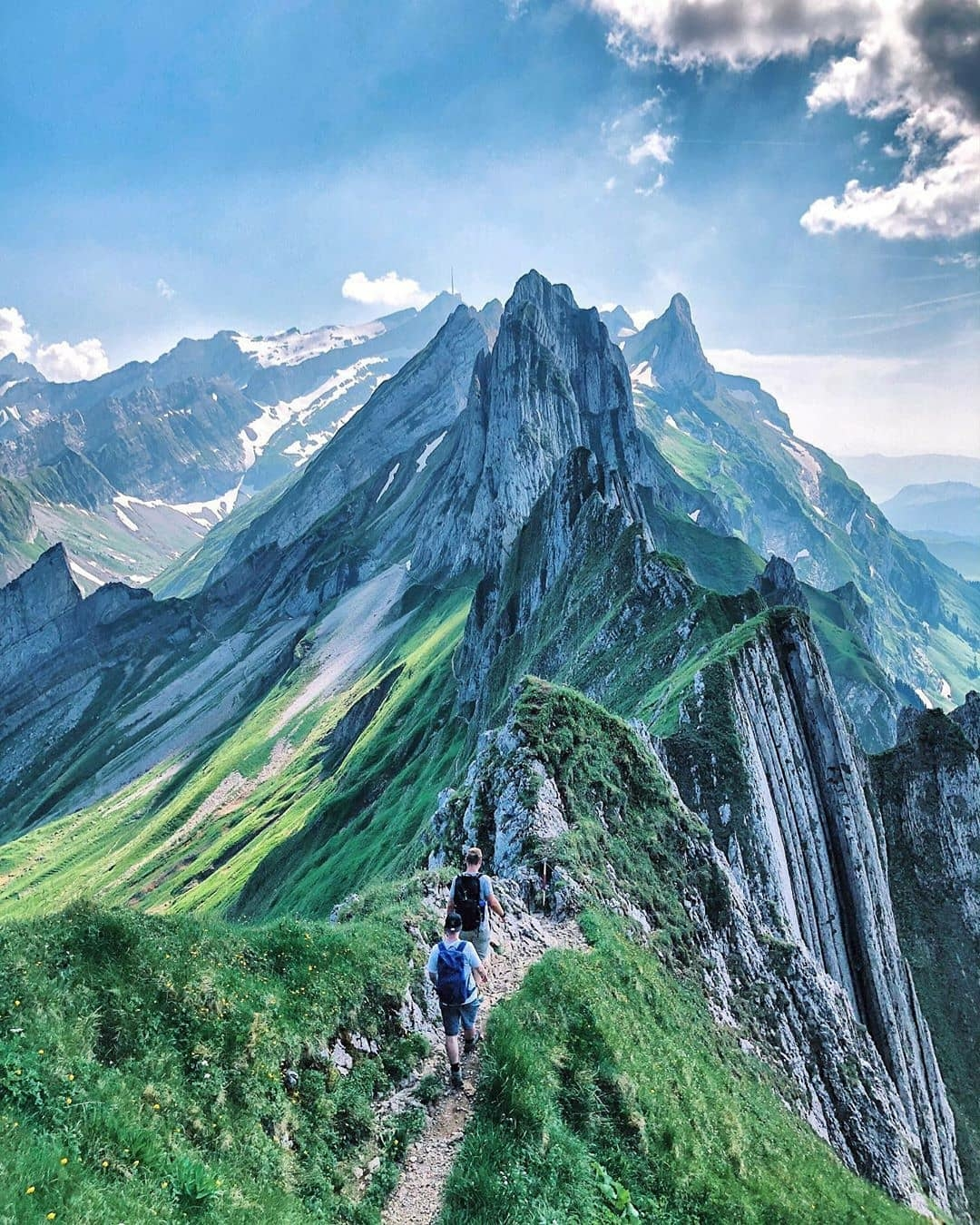 dangerous mountain hike