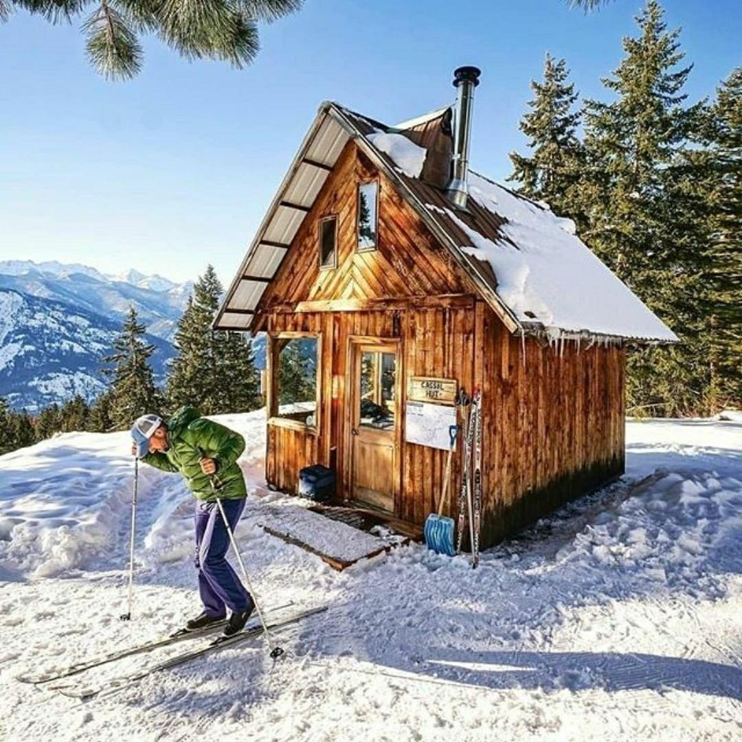tiny cabin in snow